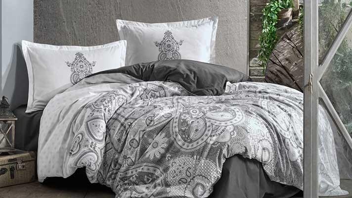 Lenjerie pat 2 persoane BUMBAC RANFORCE - 4 piese - Gri, model cu elemente abstracte