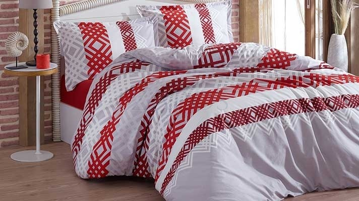 Lenjerie pat 2 persoane BUMBAC RANFORCE - 4 piese - Gri, model rosu si alb cu linii intersectate