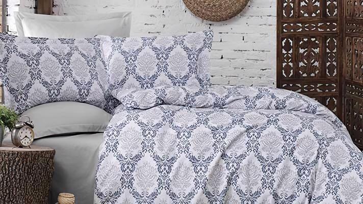 Lenjerie pat 2 persoane BUMBAC RANFORCE - 4 piese - Bleu, model flori impletite in forma de cercuri mici