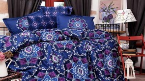 Lenjerie pat 2 persoane BUMBAC SATINAT - 4 piese - Bleumarin, model abstract oriental cu accente mov