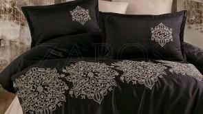 Lenjerie pat 2 persoane SATIN BRODAT - 6 piese - Negru, model mandala brodata cu auriu