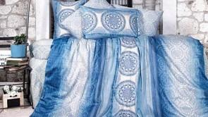 Lenjerie pat 2 persoane BUMBAC SATINAT - 4 piese - Bleu, model cercuri cu diferite imprimeuri si nuante
