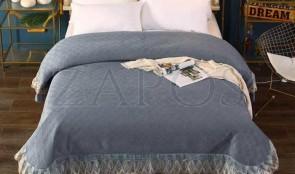 Cuvertura pat dublu CATIFEA PLUSATA - Gri inchis, culoare uni cu aplicatii de tul in partea de jos-1