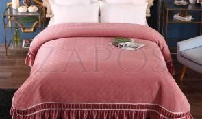 Cuvertura pat dublu CATIFEA PLUSATA - Roz prafuit, culoare uni cu aplicatii de tul in partea de jos-1