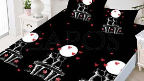Set husa de protectie cu elastic pentru saltea FINET si 2 fete de perna - Negru, model pisici conturate cu alb si inimi rosii