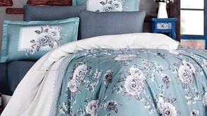 Lenjerie pat 2 persoane BUMBAC SATINAT - 4 piese - Turcoaz, model 2 fete trandafiri albi si buline