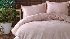 Lenjerie pat 2 persoane BUMBAC SATINAT - 4 piese - Roz pal, model 2 fete flori conturate cu alb si imprimeu interior cu linii