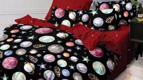 Lenjerie pat 2 persoane BUMBAC FINET - 6 piese - Negru, model planete si imprimeu interior rosu
