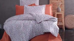 Lenjerie pat 2 persoane BUMBAC RANFORCE - 4 piese - Portocaliu, model flori de camp pe fundal alb