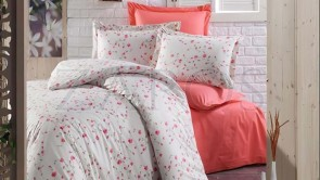 Lenjerie pat 2 persoane BUMBAC RANFORCE - 4 piese - Roz somon, imprimeu flori de camp