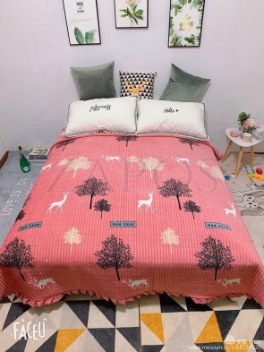 Cuvertura pat dublu CATIFEA PLUSATA - Roz somon, model elemente din natura, culori contrastante