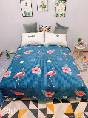 Cuvertura pat dublu CATIFEA PLUSATA - Albastru, model flori si flamingo
